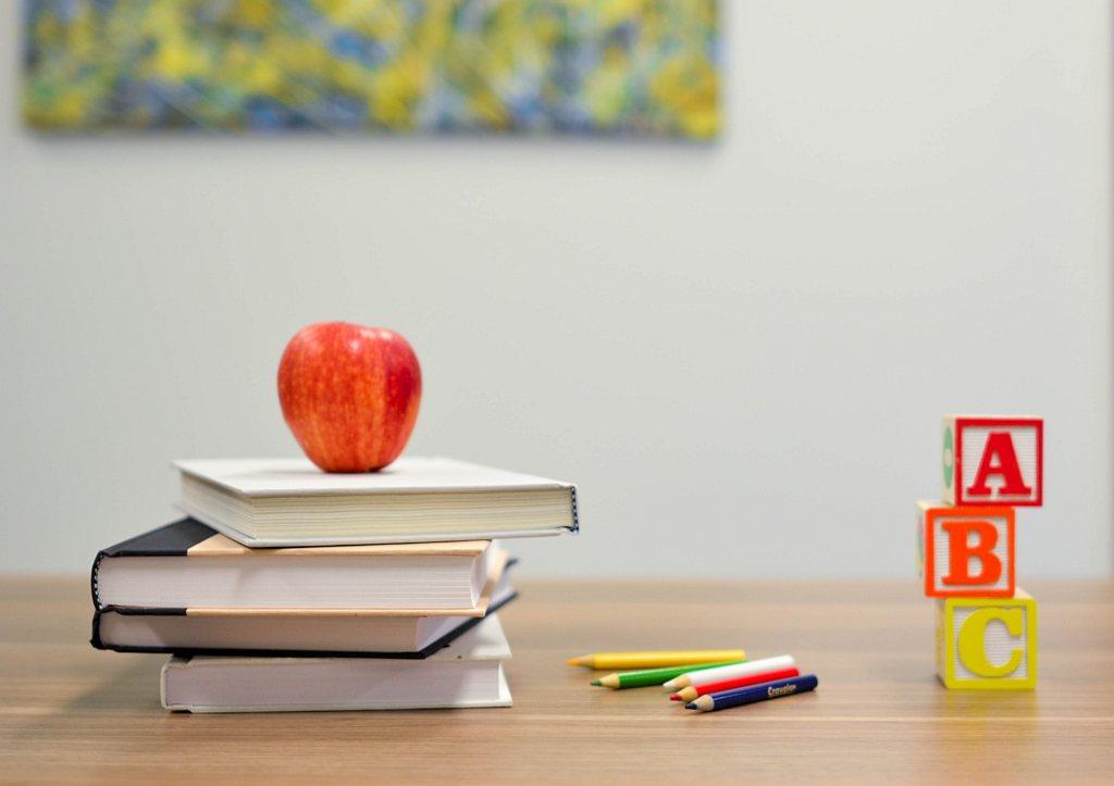 Wyprawka dla pierwszoklasisty – o czym musisz pamiętać